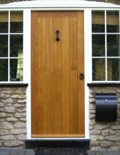 Oak boarded door and winglights