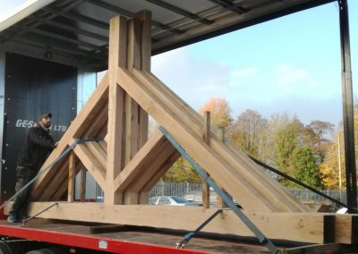Oak King Post Trusses