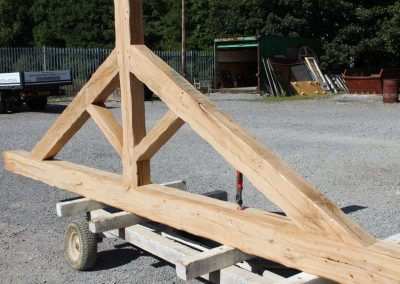 Oak King Post Truss